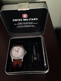 Brand New in box Swiss Army watch and knife set
