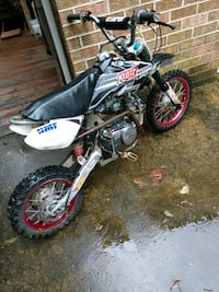Custom 125cc dirtbike 4 speed Silver Spring, 20905