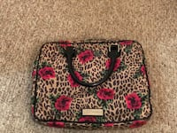 Betsy Johnson Floral Bag Manchester, 03102