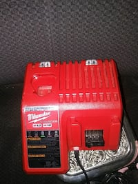 Milwaukee M12 and M18 charger