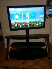 Mint condition tv stand Toronto, M4P 1T6