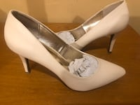 Shoes, Heels, Ivory size  8 1/2M Yonkers, 10705