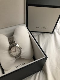 Gucci Watch null