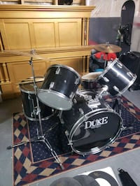 Dixon drum kit  Oakville, L6H 7P2