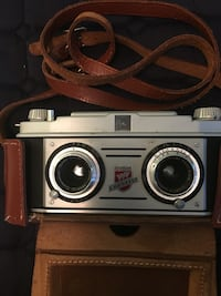 TDC Stereo colorist camera 1950, with leather case, leather in good condition, stitches coming out with time. Rockville, 20852