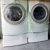 Gas Washer and Dryer with pedestal. Clermont, 34714