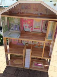 Doll house without furniture Plainview, 11803