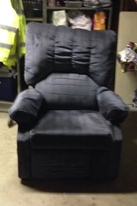 Recliner, free , bluish purple Lawrence, 01841