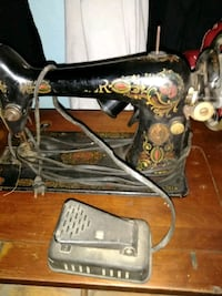 black and brown sewing machine Columbus, 43211