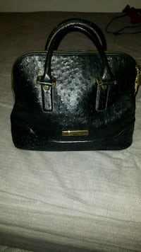 Black Leather Bag  549 km