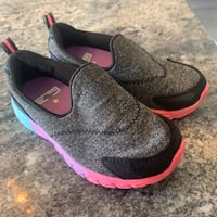 Size 8 Toddler Shoes Calgary, T2Z 3M6