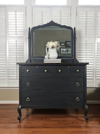 Antique Dresser with Mirror Centreville, 20120