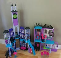 Monster High Castle Québec, H8T 2L1