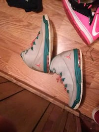 Size 9 and a half. Jordan 30 dollars take a moment Easley, 29642