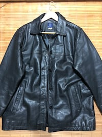 EUC genuine Leather jacket - size XL Toronto