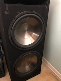 Subs and a amp with wiring  Toronto, M3N