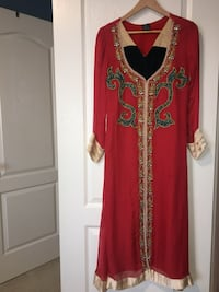 Pakistani dress red Milton, L9T