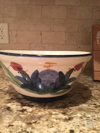Gail Pittman ceramic bowl Gulfport, 39501