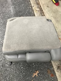 Rear seats for 2003 Chevy Tahoe Mount Airy, 21771