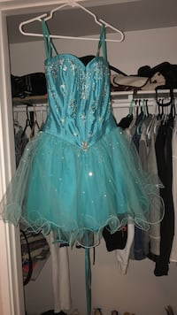 Turquoise party dress  St Catharines, L2M 3P5