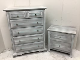 Dresser and nightstand chest of drawers