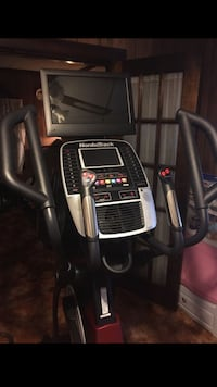 Nordictrack elite 14.9 elliptical  Upper Arlington, 43221