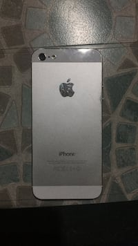 iPhone 5 64 gb display da sostituire  Pozzuoli, 80078