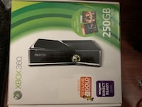 Xbox 360 with box Hagerstown, 21742