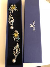 SWAROVSKI EAR RINGS NEW WITH BOX