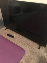 "42"" TV with remote Fayetteville, 28310"