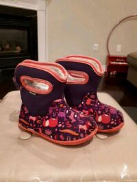 Toddler BOGS winter boots size US 8 Richmond Hill, L4B 3T6