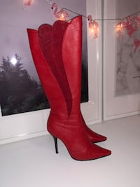 SEXY RED LEATHER Knee High Boots Richmond Hill, L3T 0A2
