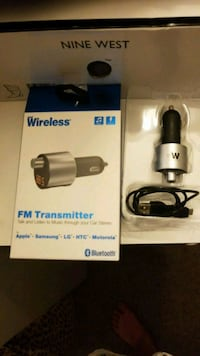 gray and black wireless FM transmitter with box Long Beach, 90804