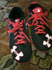 Hurley Size 2y cleats Des Moines, 50315