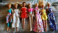 Barbie lot with extra clothing 503 km