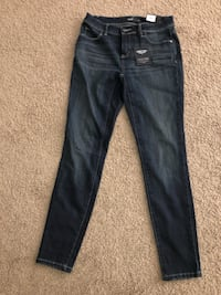 Dark Jeans-never been worn Lincoln, 68521