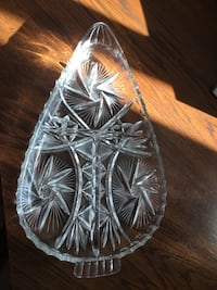 Crystal platter - 3 sections in platter.