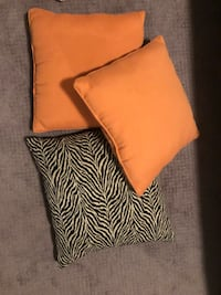 3 Throw pillows great condition!