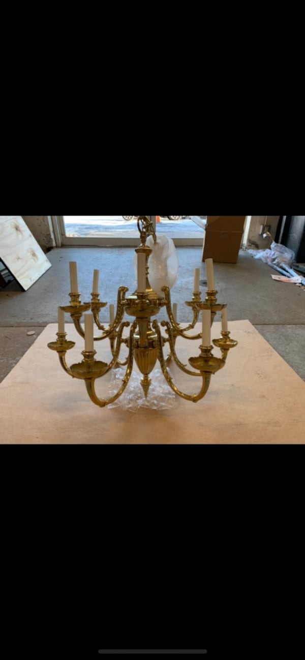 Solid Brass chandelier with matching wall sconces 8b27acb2-fbf7-4397-a789-3c2df594272f
