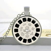 Vintage Rare Viewmaster Silver Necklace Wesley Chapel