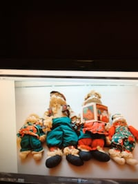 """House of Lords """"Christmas Around The World"""" Porcelain Mop Dolls Lexington, 40514"""
