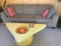 COFFEE TABLE YELLOW FORMICA  West Bloomfield, 48322