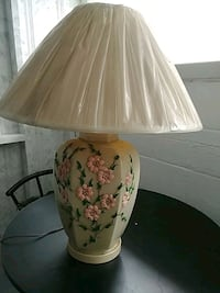 white and pink floral table lamp Harrisburg, 17109