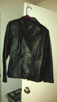 East 5th 100% leather woman's coat