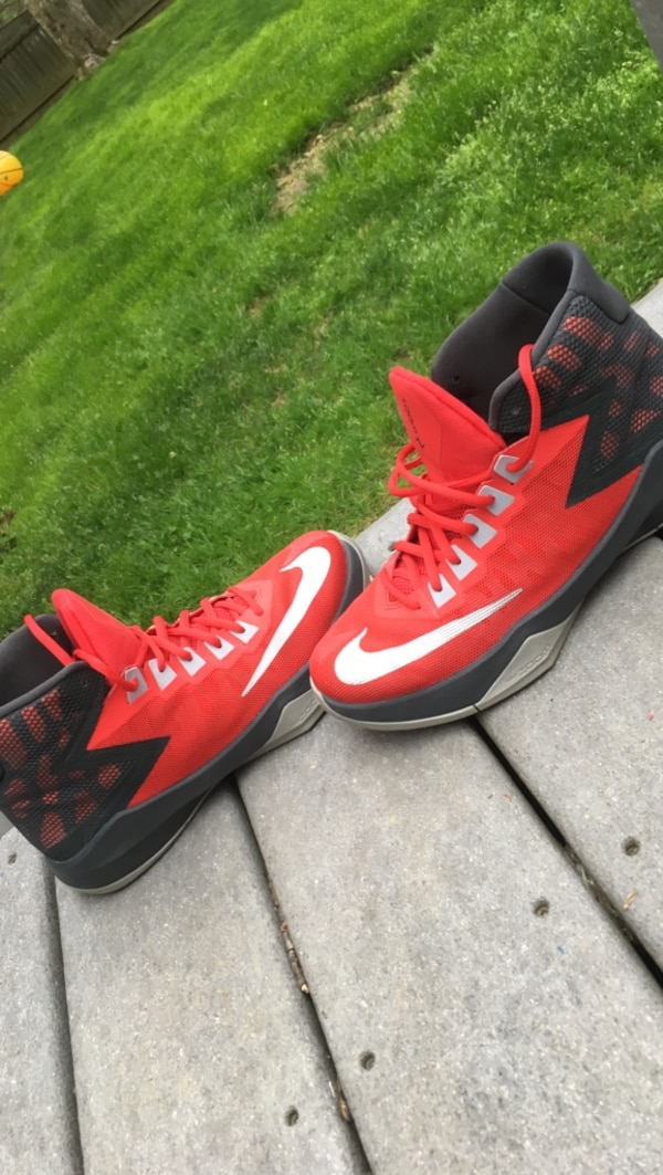 0aed08baf55d Used Men s Nike Zoom Devosion Basketball Shoe Size 7.5 for sale in  Pittsfield - letgo