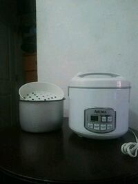 aroma rice cooker  Los Angeles County, 90063