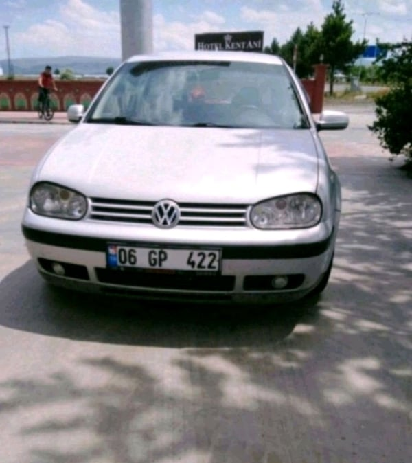 Volkswagen - Golf - 2000 0