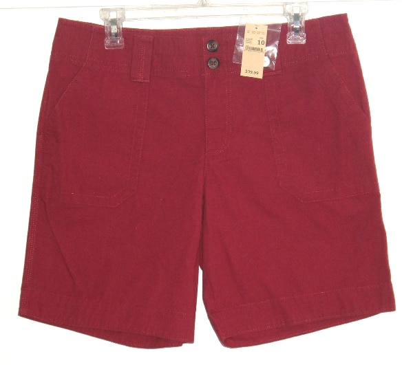 NEW w Tags $40 Eddie Bauer RIPSTOP Dusty Red Flap Pocket Shorts Womens 10