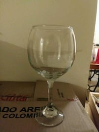 Wine glasses Pomona, 91766