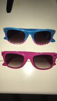 2 different colored sunglasses Ankeny, 50023